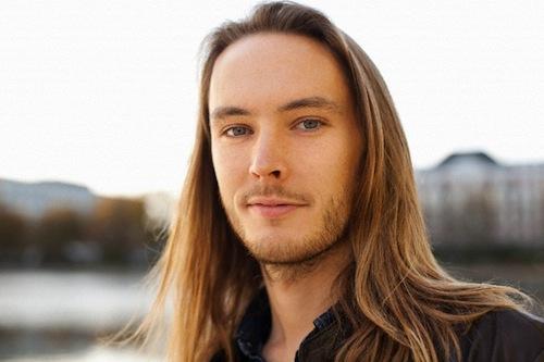 kiểu tóc dài nam giới phải tránh xa